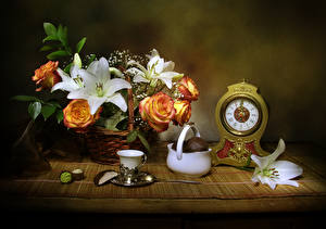 Hintergrundbilder Stillleben Rosen Lilien Uhr Zefir Weidenkorb Tasse Blüte Lebensmittel