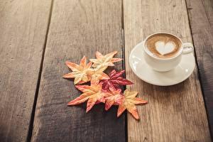 Photo Cappuccino Wood planks Saucer Heart Foliage Food