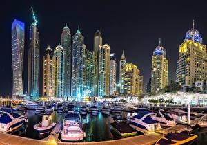 Bakgrunnsbilder Hus Skyskrapere Båthavn Dubai De forente arabiske emirater Natt en by