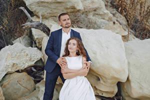 Bilder Mann 2 Brautpaar Starren Bräutigam Mädchens