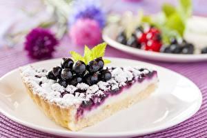 Bilder Obstkuchen Heidelbeeren Stück Teller Lebensmittel