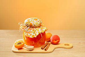 Pictures Jam Apricot Cinnamon Cutting board Jar