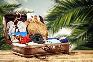 Fotos Resort Koffer Der Hut Flipflop Touristik