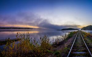 Bilder Flusse Eisenbahn Herbst Schienen Ast Natur