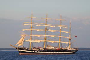 Bilder Schiffe Segeln Kruzenshtern