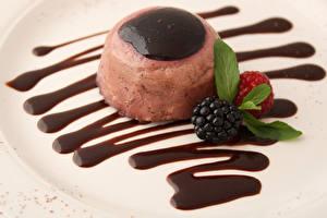 Bilder Süßware Speiseeis Brombeeren Schokolade