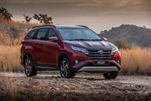Bilder Toyota Bordeauxrot Metallisch 2018 Rush Autos