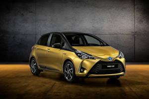 Fotos Toyota Gelb 2018 Yaris Y20 Autos