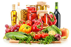 Wallpaper Cucumbers Pepper Tomatoes Grapes Onion Wine White background Cutting board Bottle Jar Food