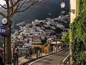 Hintergrundbilder Italien Positano Haus Uhr Straßenlaterne Städte