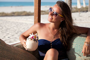 Wallpaper Jewelry Resorts Brown haired Eyeglasses Sit Relax young woman