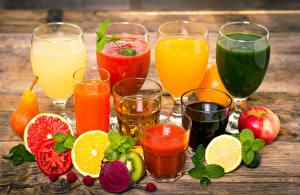 Fotos Saft Gemüse Obst Äpfel Zitrusfrüchte Trinkglas Weinglas