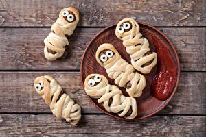 Bilder Fleischwaren Bretter Design Teller Ketchup Lebensmittel