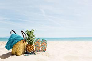 Fotos Ananas Handtasche Handtuch Flipflop Strand