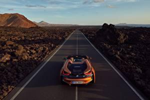 Fonds d'écran Routes BMW Orange Roadster 2018 i8