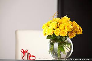 Fotos Rose Vase Gelb Geschenke Blüte