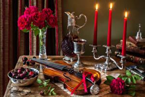Hintergrundbilder Stillleben Rosen Violine Kerzen Kirsche Wein Uhr Vase Weinglas Krüge das Essen Blumen