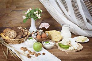 Bilder Brot Käse Äpfel Topfen Weißkäse Quark Hüttenkäse Milch Schalenobst Frühstück Vase Eier Kanne