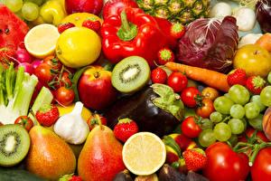 Fotos Obst Gemüse Peperone Äpfel Kiwi Weintraube Birnen Aubergine