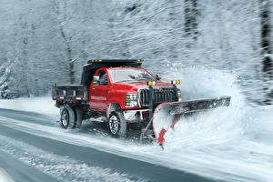 Photo International Trucks Red Snow At speed 2018 CV Day Cab Snow Plow Cars