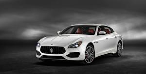 Pictures Maserati White Metallic 2019 Quattroporte GTS GranSport automobile