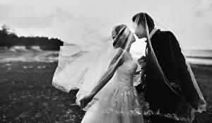 Bilder Mann Liebe Heirat Brautpaar 2 Kuss Bräutigam Schwarzweiss Mädchens