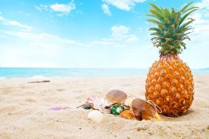 Fotos Ananas Brille Sand Strand das Essen