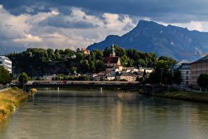 Hintergrundbilder Salzburg Österreich Gebäude Flusse Brücken Gebirge