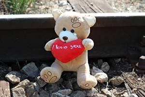 Hintergrundbilder Teddy Liebe Stein Herz Schienen Sitzend