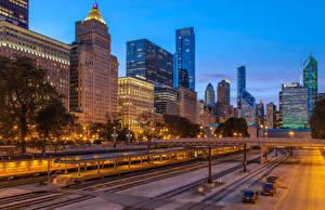 Hintergrundbilder Vereinigte Staaten Haus Straße Abend Brücken Chicago Stadt Straßenlaterne