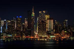 Bilder USA Wolkenkratzer Manhattan New York City Nacht Megalopolis Städte