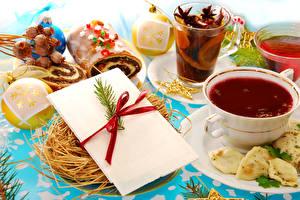 Hintergrundbilder Neujahr Tee Backware Tasse Kugeln Trinkglas Lebensmittel