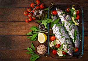 Hintergrundbilder Fische - Lebensmittel Tomate Zitrone Gewürze Bretter