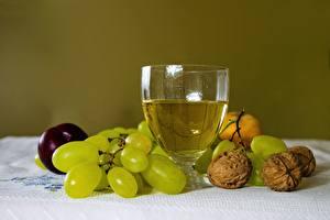 Bilder Weintraube Schalenobst Wein Stillleben Walnuss Weinglas Lebensmittel