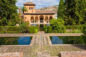 Fotos Spanien Park Teich Haus Strauch Alhambra Granada Städte