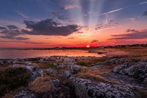 Hintergrundbilder Sonnenaufgänge und Sonnenuntergänge Küste Steine Landschaftsfotografie Lichtstrahl Natur