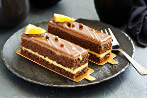 Hintergrundbilder Süßware Törtchen Teller 2 Lebensmittel