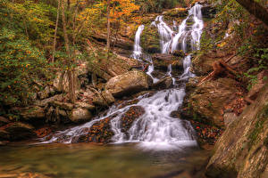 Bilder Vereinigte Staaten Wasserfall Steine Herbst Catawaba Falls North Carolina Natur