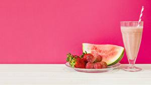Pictures Watermelons Juice Strawberry Stemware Food