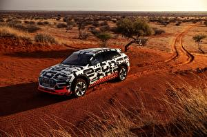 Wallpaper Audi Desert Station wagon 2018 E-Tron Prototype
