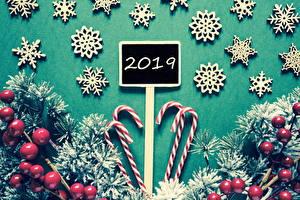 Bilder Neujahr Beere Süßigkeiten Dauerlutscher 2019 Ast Schneeflocken