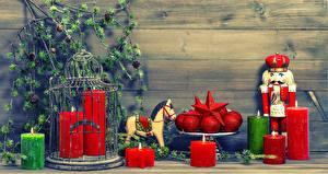 Hintergrundbilder Neujahr Kerzen Hauspferd Ast Kugeln
