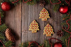 Hintergrundbilder Neujahr Kekse Bretter Kugeln Zapfen Christbaum Lebensmittel