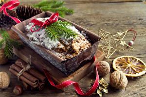 Fotos Neujahr Backware Zimt Nussfrüchte Walnuss Band Lebensmittel