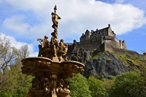 Fotos Edinburgh Schottland The Fountain (Film) Burg Skulpturen Felsen Edinburgh Castle