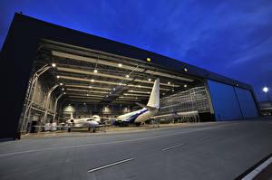 Hintergrundbilder Flugzeuge Abend Verkehrsflugzeug