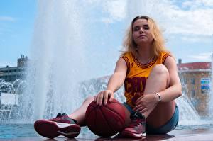壁纸,,喷泉,制服,背心,金发女孩,球类运动,坐,腿,球鞋,女孩,