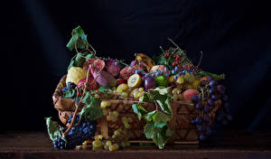 Pictures Fruit Grapes Berry Wicker basket Branches Food