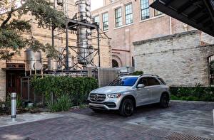 Fotos Mercedes-Benz Metallisch 2020 GLE 350 4MATIC Autos
