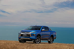 Bilder Mitsubishi Blau Pick-up 2018 Triton Double Cab Autos